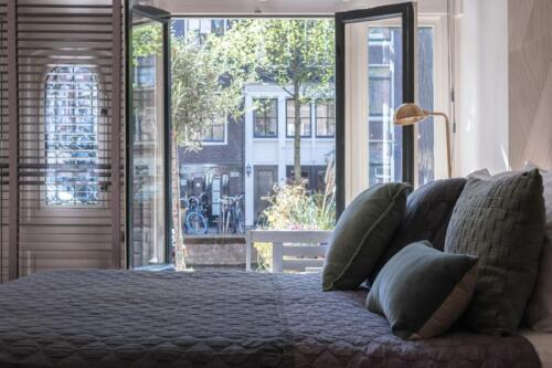 villa360-canal-room-bed-and-breakfast-amsterdam-16